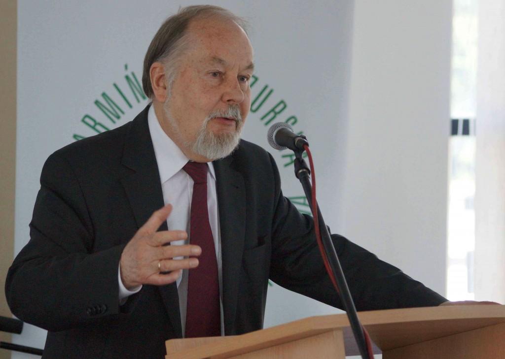 O7  Prof Janusz Małlek